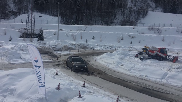 winter-tour-maserati-auto