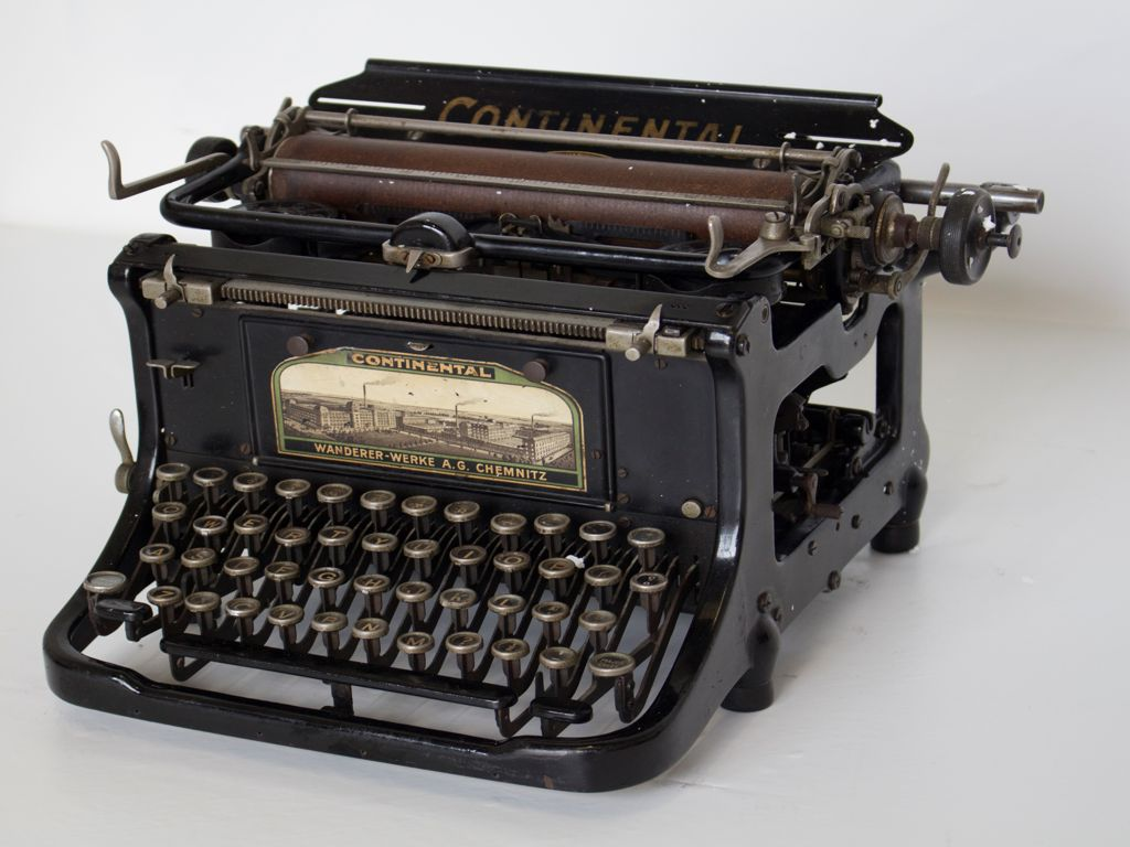continental-macchinadascrivere-oggetto-vintage