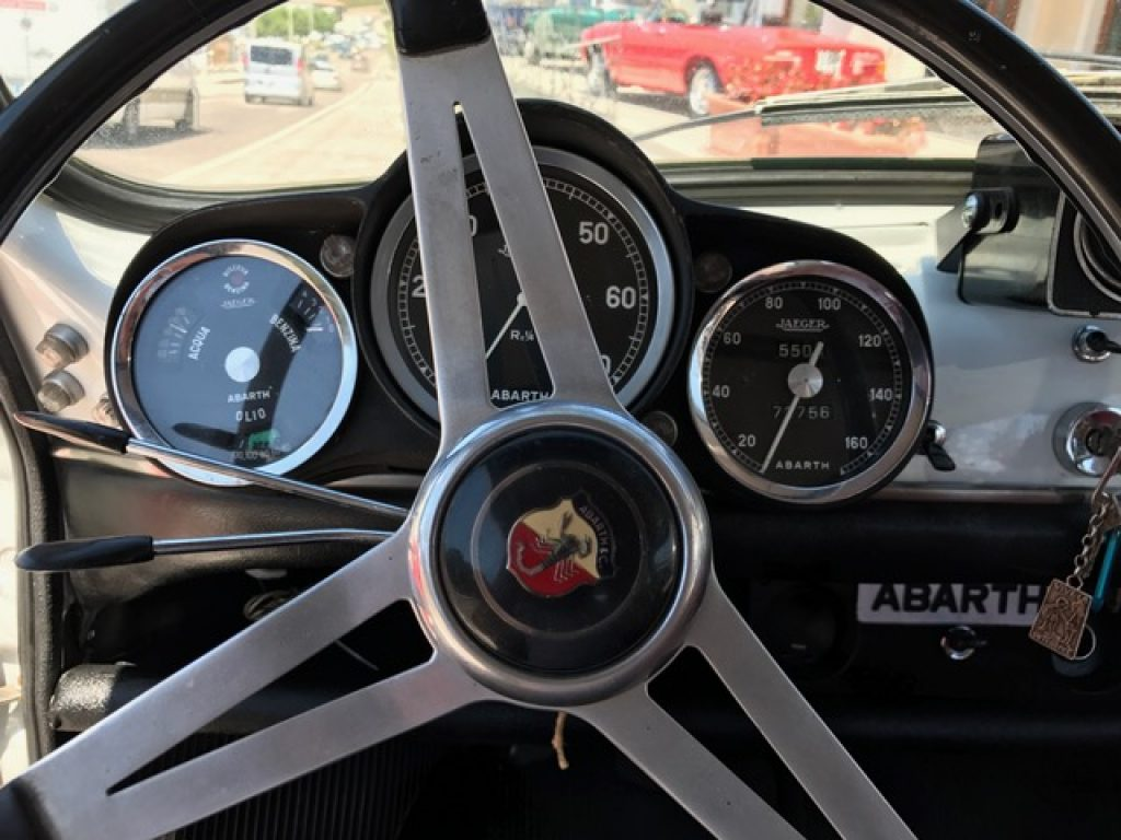 auto-volante-car-classic